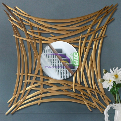 MIRROR WITH CARVING FRAME TWIG